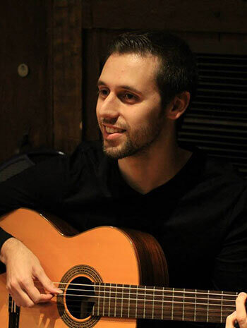 Vincent Muscarella, Guitar Teacher at Center Stage Music Center