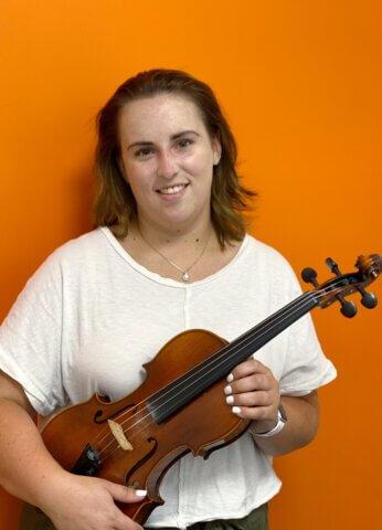 Victoria Rose, Violin teacher at Center Stage Music Center